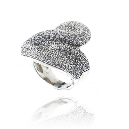 Anel exclusivo de prata com zircónias cravadas