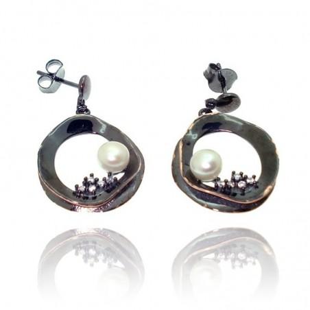 Brincos de prata com pérolas e cravação de zirconias