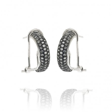 Brincos de prata com cravação de zirconias