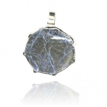 Medalha exclusiva de prata rodeada com pedra ágata azul