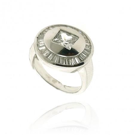 Anel exclusivo de prata rodeada com cravação